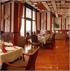 Étterem, Hotel Árpád, Tatabánya