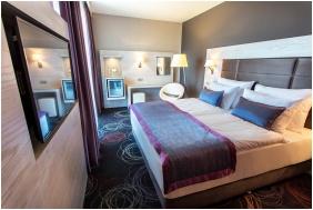 Aura Hotel, Franciaágyas szoba