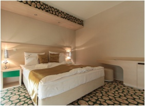 Deluxe room, Hotel Aurum Family, Hajduszoboszlo