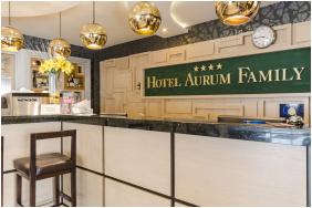 Épület, Hotel Aurum Family, Hajdúszoboszló