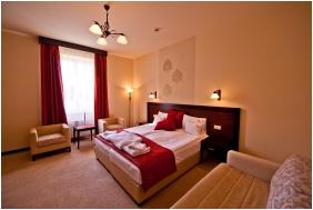Deluxe room, Hotel Aurum, Hajduszoboszlo