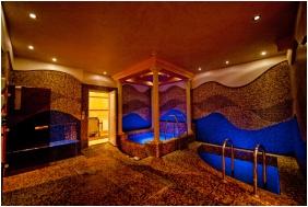 Élménymedence, Hotel Aurum, Hajdúszoboszló