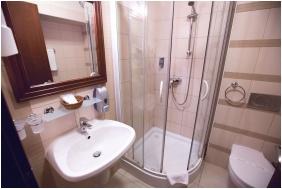 Bathroom, Hotel Bassiana, Sarvar