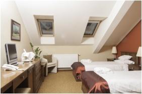 Tetőtéri szoba - Hotel Bassiana
