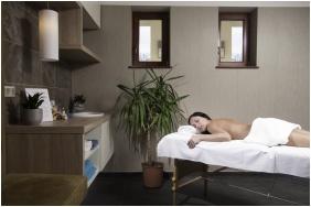 Hotel Bassiana, Sarvar, Massage
