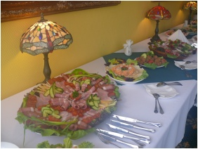 Étterem, Hotel Bellevue, Esztergom