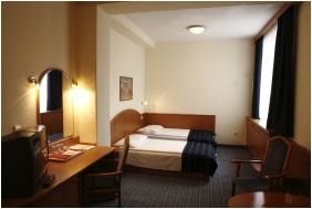 Hotel Bencz�r, Budapest, Economy h�rom�gyas szoba