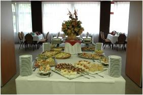 Hotel Benczur, Apparecchiamento del matrimonio