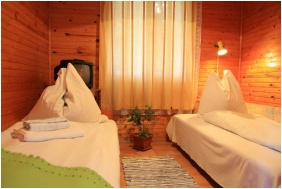 Hotel Bungallo, Hajduszoboszlo, Room for four people