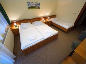 Hotel Cabernet, Háromágyas szoba - Villánykövesd