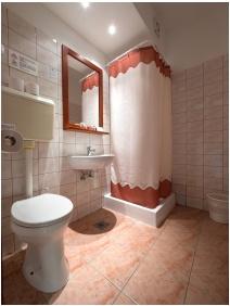 Hotel Cabernet, Fürdőszoba - Villánykövesd