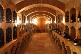 Hotel Cabernet, Wine tasting