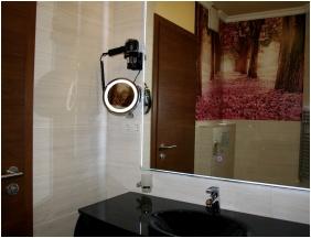 Bathroom, Hotel Capitulum, Gyor