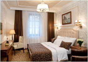Hotel Capitulum, Deluxe room