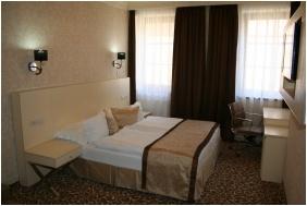 Hotel Capitulum, Gyor, Superior room