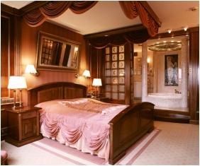 Presidental suite, Naturmed Hotel Carbona, Heviz