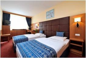 Twin pokoj, Hotel Carlton, Budapest