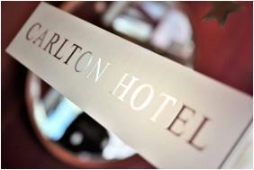 Hotel Carlton, Dekorace