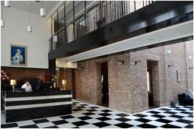 Hotel Castello, Reception
