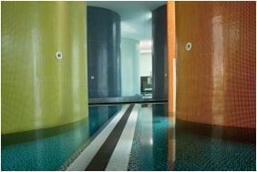 Belső medence, Hotel Castello, Siklós