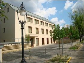 Homlokzat - Hotel Castle Garden