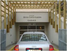 Hotel Castle Garden, Budapest, Mélygarázs