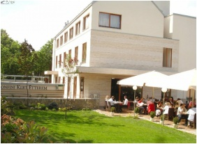 �tterem, Hotel Castle Garden, Budapest