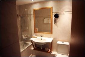 Hotel Claudius, Szombathely, Bathroom