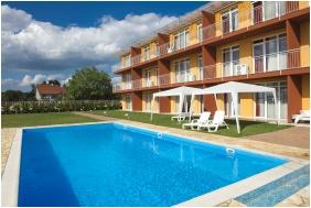 Swimming pool - Kehida Family Resort
