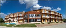 Kehida Family Resort, Kehidakustany, Building