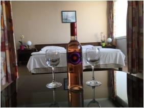 Hotel Europa & Hungaria Siofok, Family apartment