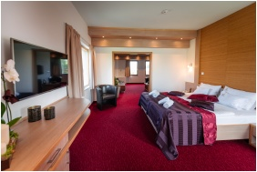 Hotel Corvus Aqua, Deluxe room - Oroshaza