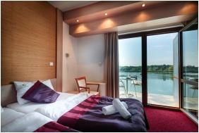 Hotel Corvus Aqua, Oroshaza, Superior room
