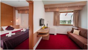 - Hotel Corvus Aqua