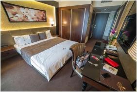 Room interior, Hotel Delibab, Hajduszoboszlo