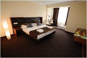 Hotel Eger & Park, Comfort háromágyas szoba