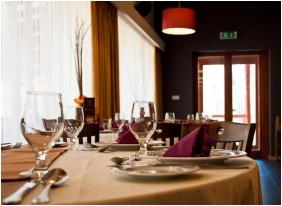 Erdőspuszta Club Hotel, Debrecen, Étterem