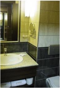 Fürdőszoba, Erdőspuszta Club Hotel, Debrecen