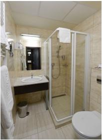 Hunguest Hotel Erkel, Gyula, Bathroom