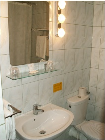 Hotel Erzsébet, Hévíz, Fürdőszoba