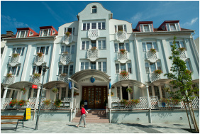 - Hotel Erzsébet