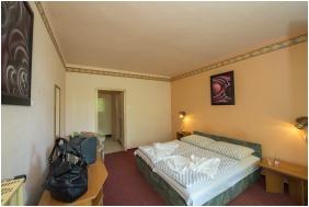 Twin room, Hotel Familia Balatonboglar, Balatonboglar