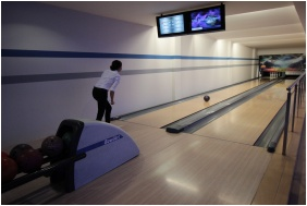 Hotel Famulus, Bowling alley
