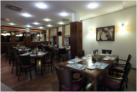 Hotel Famulus, Restaurant