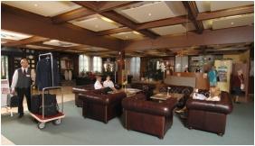 Hunguest Hotel Flora - Eger, Lobby
