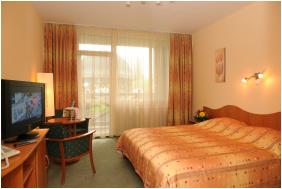 Hunguest Hotel Flora,