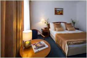 Twin room, Hotel Fonte, Gyor