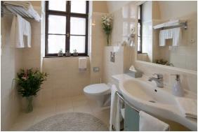 Bathroom, Hotel Fonte, Gyor
