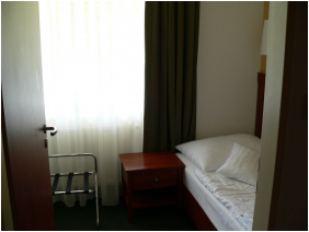 Hunguest Grand Hotel Galya,