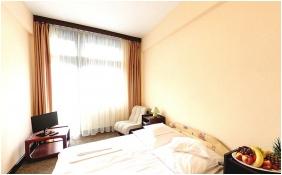 Twin room - Hotel Gara Gyogy- es Wellness Szalloda